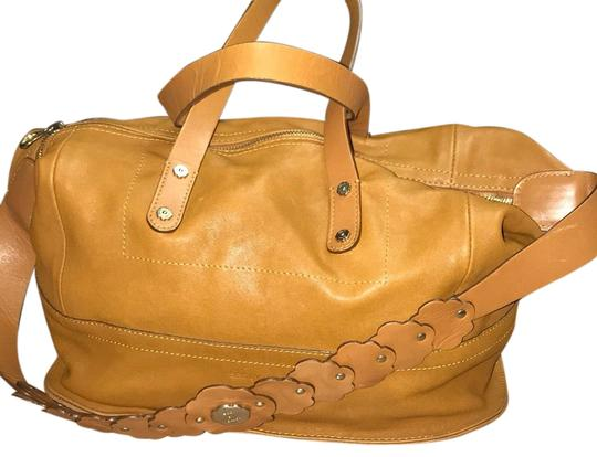Preload https://item2.tradesy.com/images/see-by-chloe-daisy-featured-satchel-tan-leather-shoulder-bag-23888041-0-1.jpg?width=440&height=440