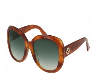 f30a9a7799 Green Gucci Sunglasses - Up to 70% off at Tradesy (Page 4)