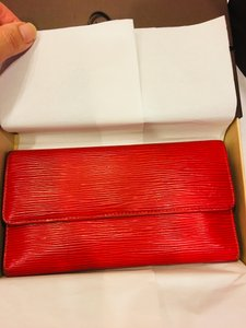 Louis Vuitton Genuine Louis Vuitton Epi Leather Sarah Long Wallet