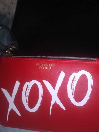 Victoria's Secret Tote in Black and Red