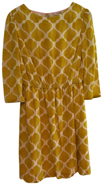 Preload https://item2.tradesy.com/images/boden-yellow-and-white-dolly-mid-length-workoffice-dress-size-8-m-23888371-0-1.jpg?width=400&height=650