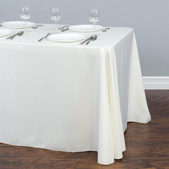 Preload https://item4.tradesy.com/images/ivory-6-90x132-tablecloth-23888493-0-0.jpg?width=440&height=440
