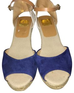 Kanna Tan/ navy blue Wedges