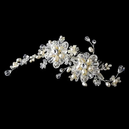 Elegance by Carbonneau Silver Or Gold Stunning Pearl Side Comb Hair Accessory Image 3