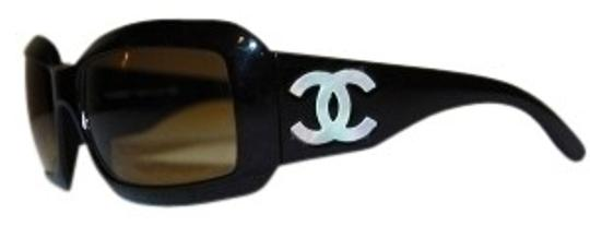 Preload https://img-static.tradesy.com/item/23892/chanel-black-mother-of-pearl-with-case-styl-sunglasses-0-0-540-540.jpg