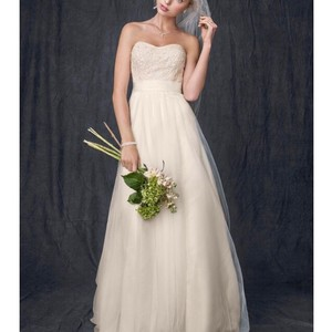David's Bridal Ivory Champagne Beaded Lace and Tulle Gown Feminine Wedding Dress Size 14 (L)