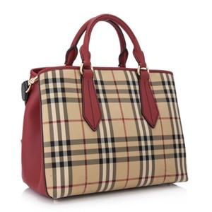 Burberry London Tote in honey / parade red