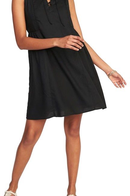 Preload https://img-static.tradesy.com/item/23892537/old-navy-black-little-mid-length-workoffice-dress-size-4-s-0-2-650-650.jpg