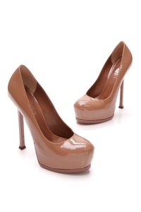 Saint Laurent Natural (Medium brown) Pumps