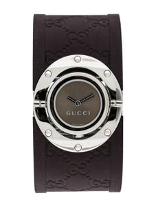 Gucci Stainless steel 23mm Gucci Twirl watch