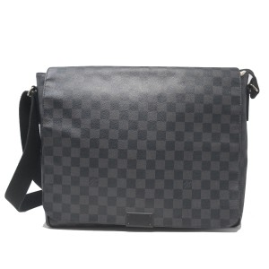 Louis Vuitton Damier Graphite District Lv Paris Black Messenger Bag