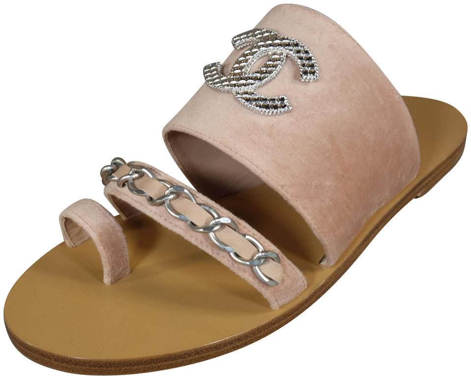 33a48c4bdd13 Chanel Dusty Pink Velvet Silver Chains Sandals Mules Slides Cc Toe Ring New  Mauve Flats. Size  EU 35 (Approx.