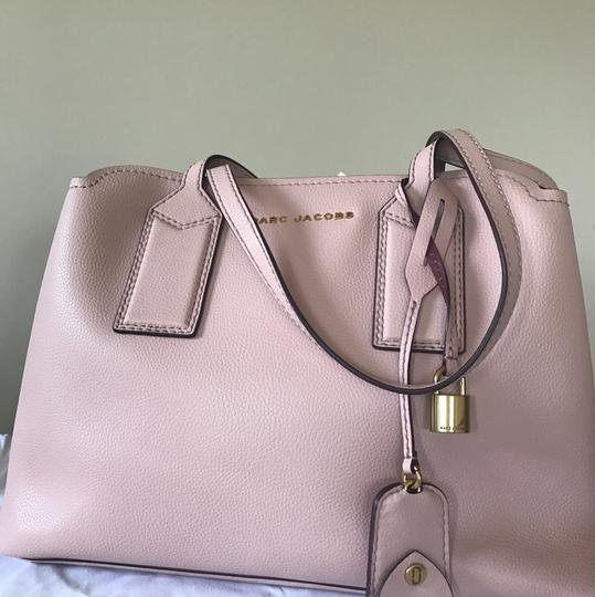 Marc Jacobs Tote in Rose Image 1