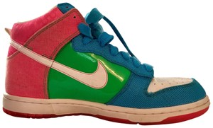the best attitude 202fa 586c8 Nike Pink, Blue, and Green Athletic