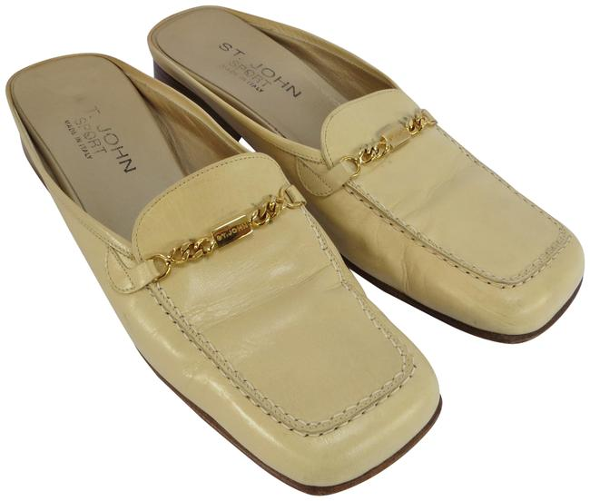 Item - Cream W Sport Leather W/ Gold Chain Flats Size US 9.5 Regular (M, B)