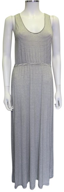 Preload https://img-static.tradesy.com/item/23899778/jcrew-off-white-and-grey-roomy-long-casual-maxi-dress-size-2-xs-0-1-650-650.jpg