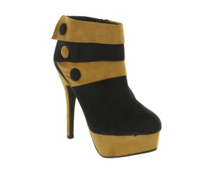 Red Circle Footwear Heel Platform Black/Chesnut Boots