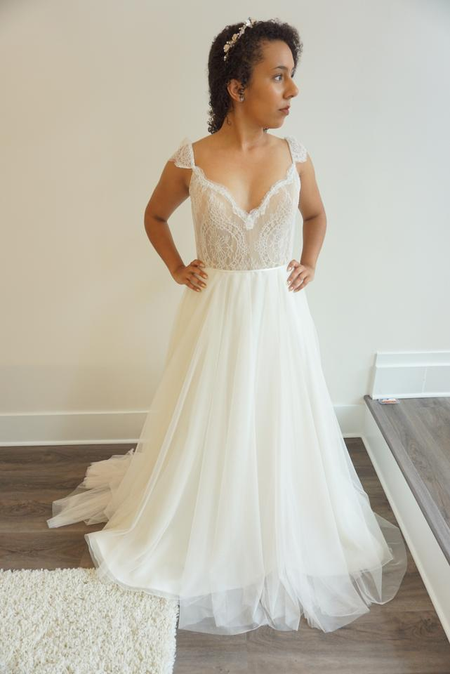 Ivory/Nude Chantilly Lace/Tulle 8707 Formal Wedding Dress Size 10 (M ...