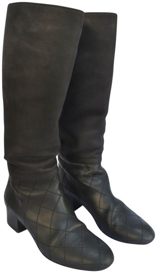 Preload https://img-static.tradesy.com/item/23900138/chanel-black-leather-riding-with-quilted-detail-bootsbooties-size-eu-385-approx-us-85-regular-m-b-0-1-540-540.jpg