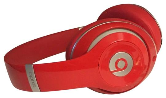 Preload https://img-static.tradesy.com/item/23900177/beats-by-dre-red-studio-2-tech-accessory-0-1-540-540.jpg