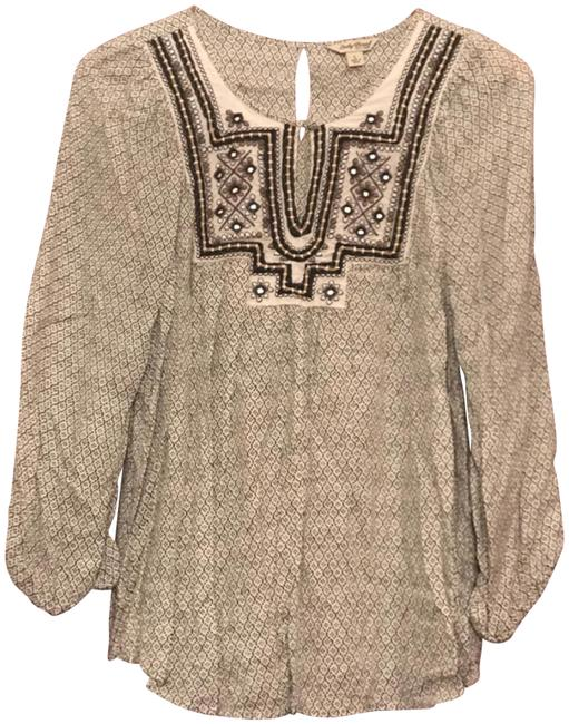 Preload https://img-static.tradesy.com/item/23900694/lucky-brand-black-and-cream-embellished-blouse-size-14-l-0-1-650-650.jpg