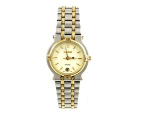 Gucci 9000L Two-Tone Gold Stainless Steel Vintage Ladies Watch