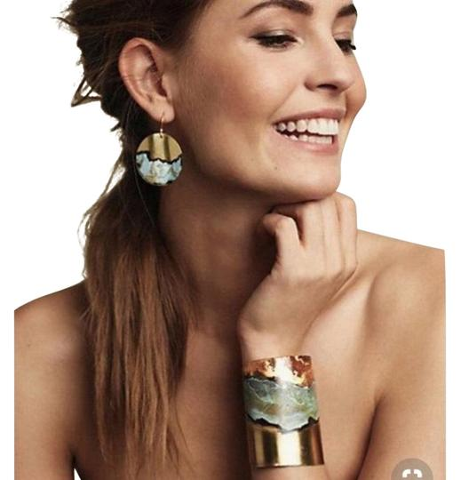 Preload https://img-static.tradesy.com/item/23900807/anthropologie-turquoise-and-gold-boho-oxidized-metallic-earrings-bracelet-0-1-540-540.jpg