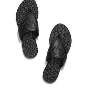 78a69b5764b Tory Burch Sandals on Sale - Up to 70% off at Tradesy (Page 50)