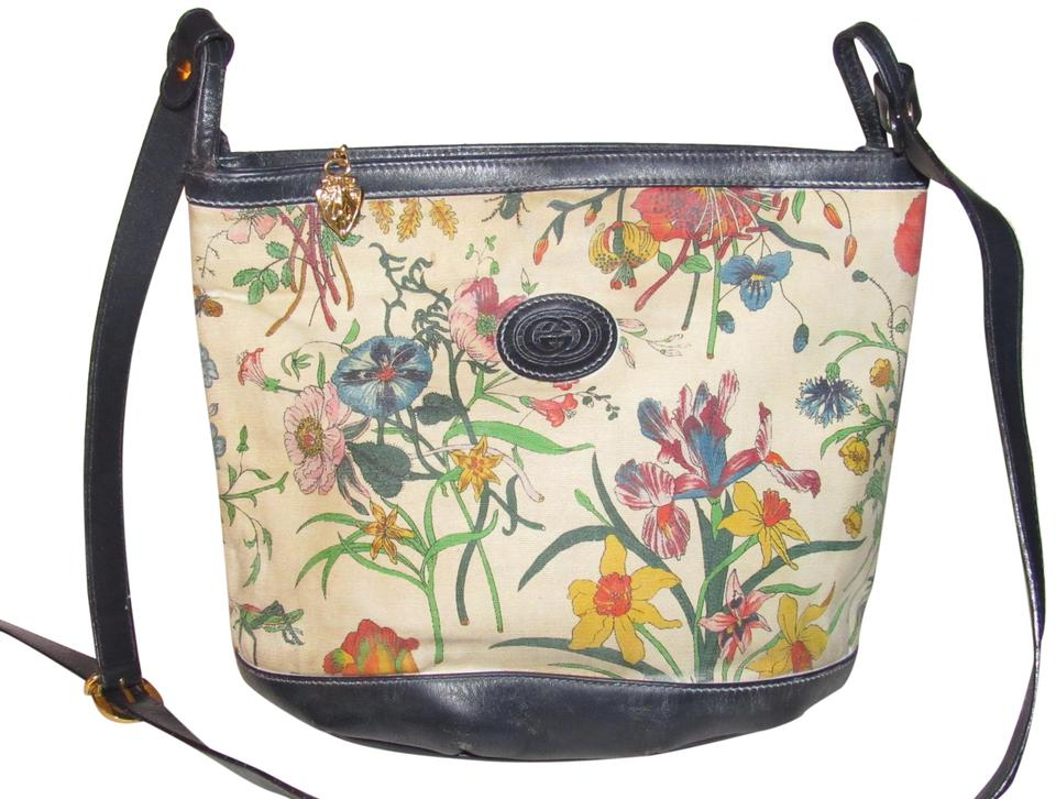 db682aba614430 Gucci High-end Bohemian Shoulder/Cross Body Bucket Style Multiple  Compartment Mint Condition Satchel ...