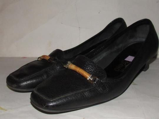 Salvatore Ferragamo Loafer Style Gancini Accents Chrome/Bamboo At Toe Chunky Kitten Heel Excellent Condition black leather Flats Image 4