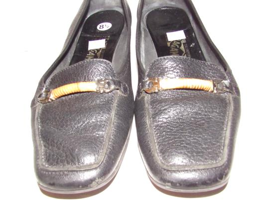 Salvatore Ferragamo Loafer Style Gancini Accents Chrome/Bamboo At Toe Chunky Kitten Heel Excellent Condition black leather Flats Image 8