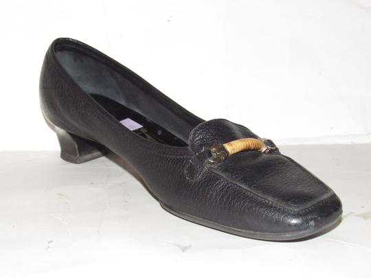 Salvatore Ferragamo Loafer Style Gancini Accents Chrome/Bamboo At Toe Chunky Kitten Heel Excellent Condition black leather Flats Image 9