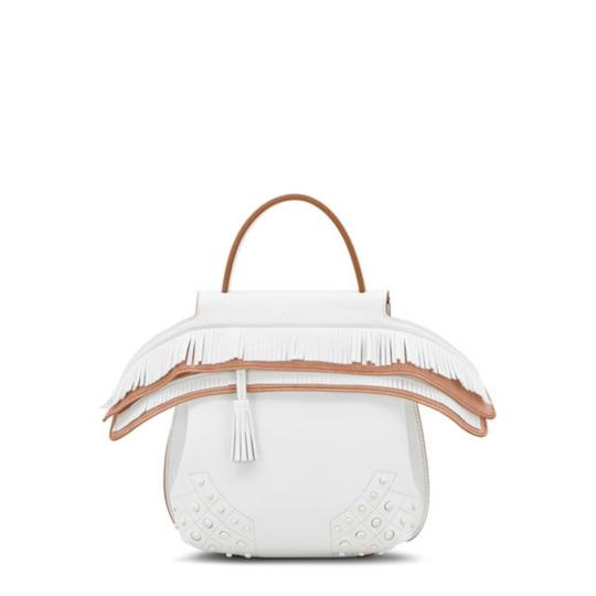 Preload https://img-static.tradesy.com/item/23901581/tod-s-fringed-mini-white-and-brown-calfskin-leather-backpack-0-1-540-540.jpg