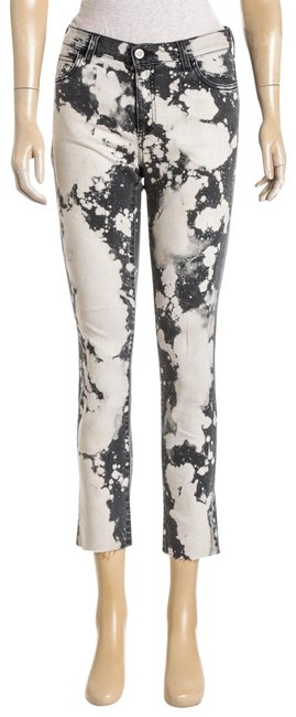 Preload https://img-static.tradesy.com/item/23902126/gucci-gray-bleached-denim-with-flower-485144-skinny-pants-size-0-xs-25-0-1-650-650.jpg