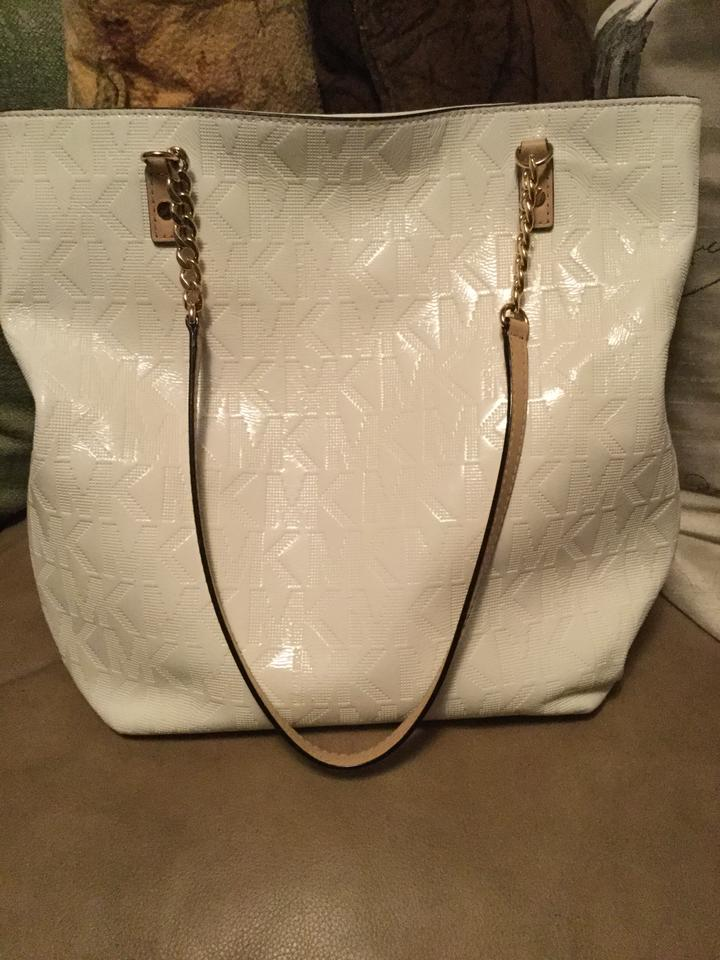 9efbdc5a42066f Michael Kors Shiny Jet Set Purse with Mk Initials All Over White Patent  Leather Shoulder Bag - Tradesy