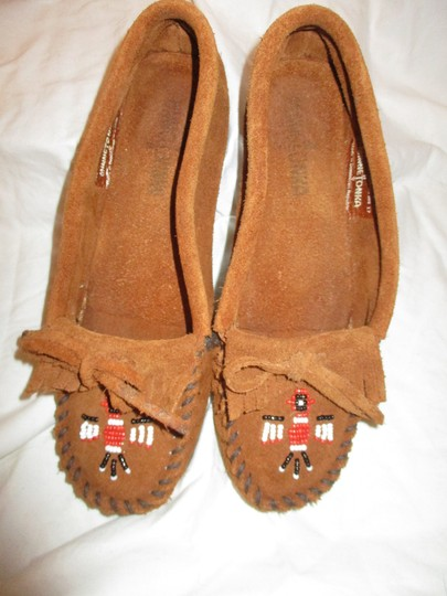 Minnetonka Suede Leather Fringed Moccasin Beaded rust Flats Image 4
