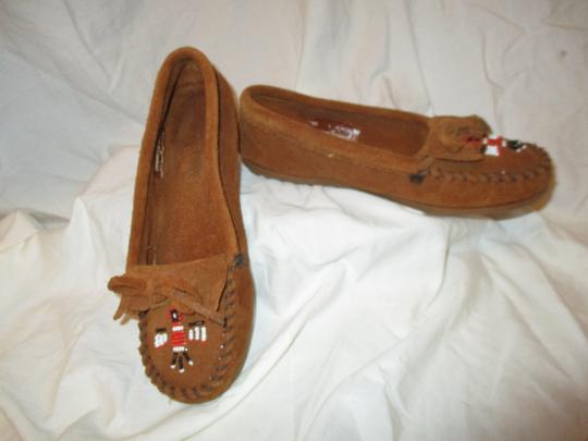Minnetonka Suede Leather Fringed Moccasin Beaded rust Flats Image 8