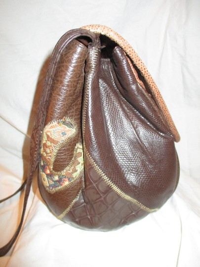 Fifth Avenue Handbags Leather Faux Leather Tapestry Patchwork Vintage Cross Body Bag Image 6
