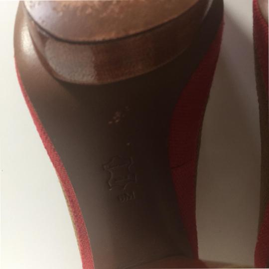 Tory Burch Brown and Red Pumps Image 8