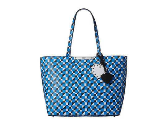 Preload https://img-static.tradesy.com/item/23903067/guess-brit-blue-synthetic-leather-tote-0-0-540-540.jpg