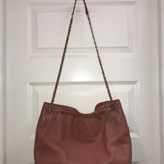 Tory Burch Britten Leather Tote in Maple Sugar Pink/Dusty Rose Image 2