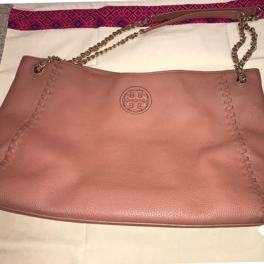 Tory Burch Britten Leather Tote in Maple Sugar Pink/Dusty Rose Image 3