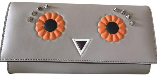 Preload https://img-static.tradesy.com/item/23904088/fendi-faces-leather-wallet-on-chain-graymulti-cross-body-bag-0-3-540-540.jpg