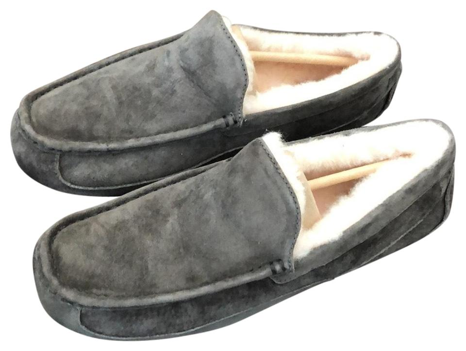 1e0a76c7079 UGG Australia Charcoal Ascot For Men Slipper Sneakers Size US 11 Regular  (M, B) 37% off retail