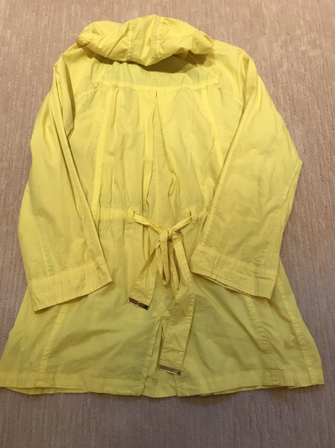 Juicy Couture Yellow - Jacket Size 12 (L) Juicy Couture Yellow - Jacket Size 12 (L) Image 2