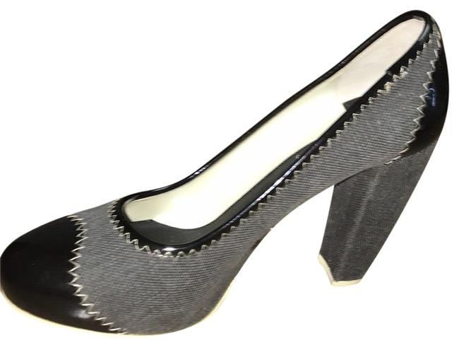 Item - Gray Canvas & Patent Leather Pumps Size US 8.5 Regular (M, B)