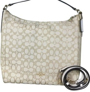 Beige Coach Shoulder Bags - Up to 90% off at Tradesy f9e9a9fc6e551