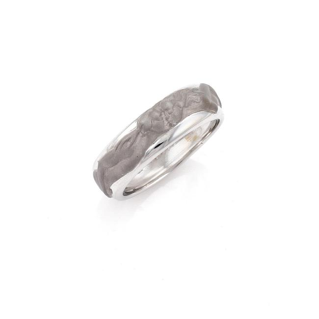 Carrera y Carrera 22119_ Adam & Eve Figures 18k White Gold Band Ring Carrera y Carrera 22119_ Adam & Eve Figures 18k White Gold Band Ring Image 1