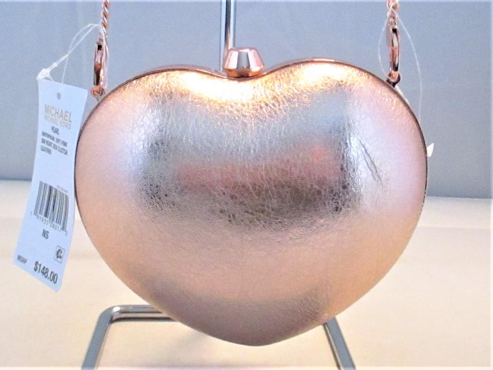 ef2e4a0d3d25 Michael Kors Pearlized Small Heart Box Clutch Cross-body Soft Pink Leather  Shoulder Bag - Tradesy