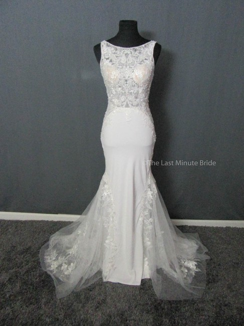 Allure Bridals Ivory/Nude Lace 9503 Feminine Wedding Dress Size 10 (M) Allure Bridals Ivory/Nude Lace 9503 Feminine Wedding Dress Size 10 (M) Image 1
